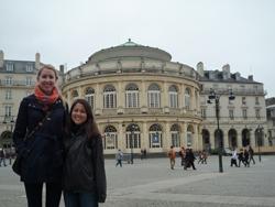 Claire Shea et Miki Duruz lors de la visite guidée de Rennes